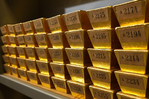 Goldbarren in einem Bundesbank-Tresor